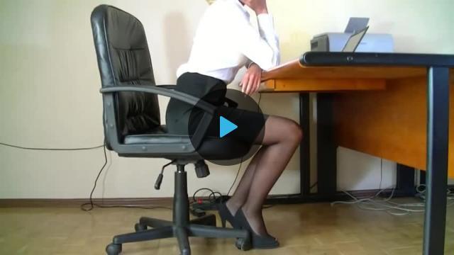 мастурбация в офисе скрыто-тэ1